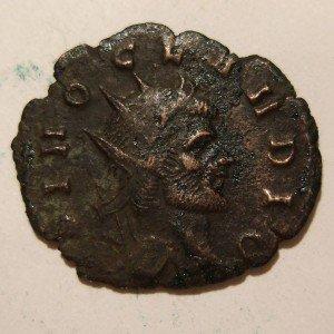 Antigua moneda romana  Claudius 41-54 A.D.
