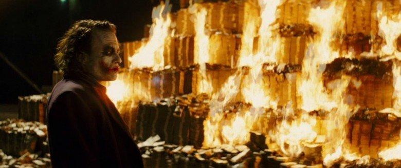 joker-burning-money